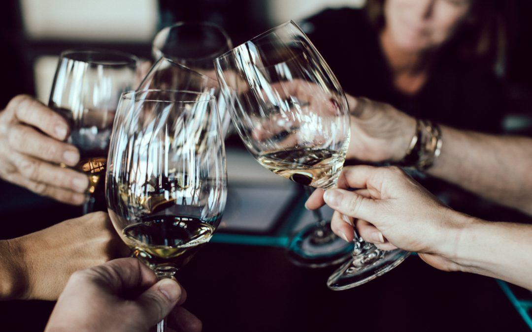 Dégustation de vin : étapes et principes